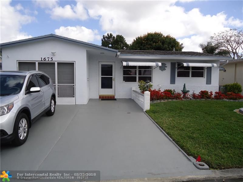 1675 NW 69th Ter