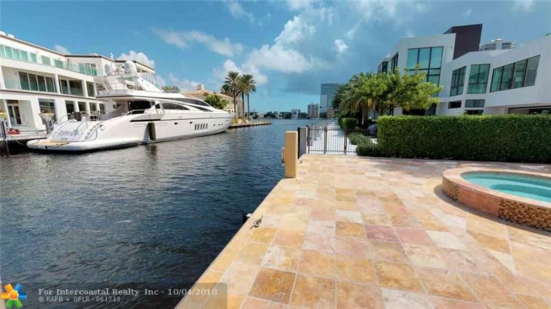 2639 Castilla Isle, Fort Lauderdale FL
