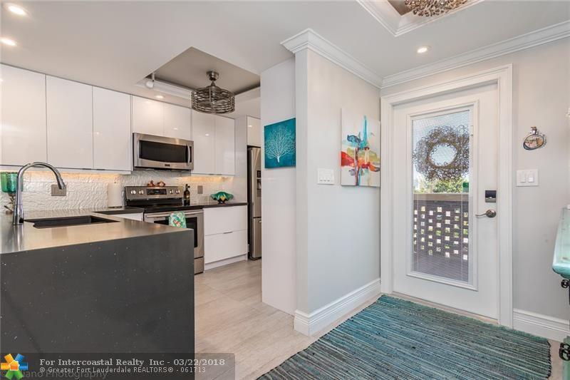 2731 NE 14th Street Cswy, Unit #523 Luxury Real Estate