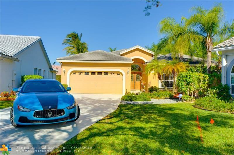 6079 NW 74th St, Parkland FL