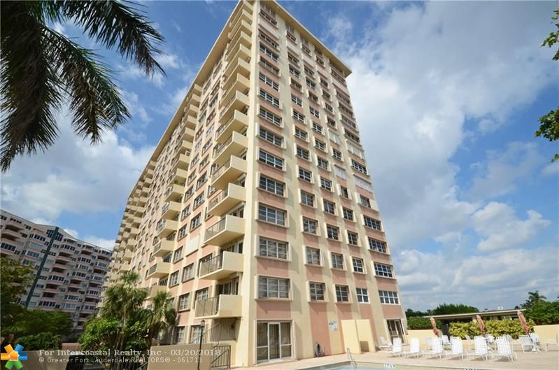 340 Sunset Dr, Unit #301, Fort Lauderdale FL