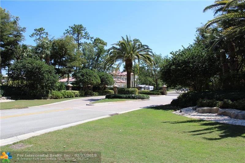 6352 NW 65th Way, Parkland FL