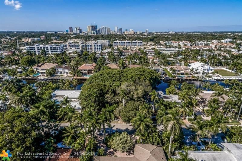 65 Nurmi Drive, Fort Lauderdale FL