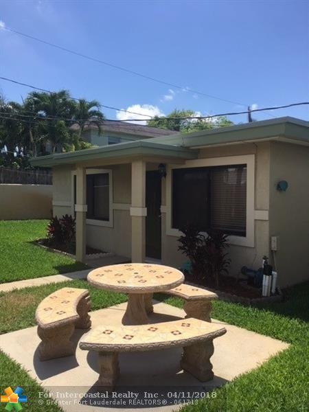 54 NE 25th St, Wilton Manors FL