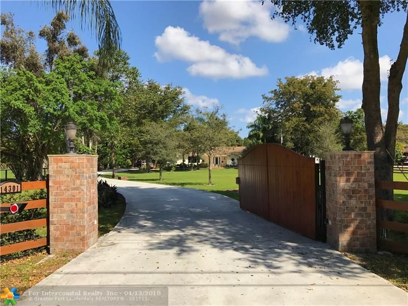 14301 Mustang Trl, Southwest Ranches FL