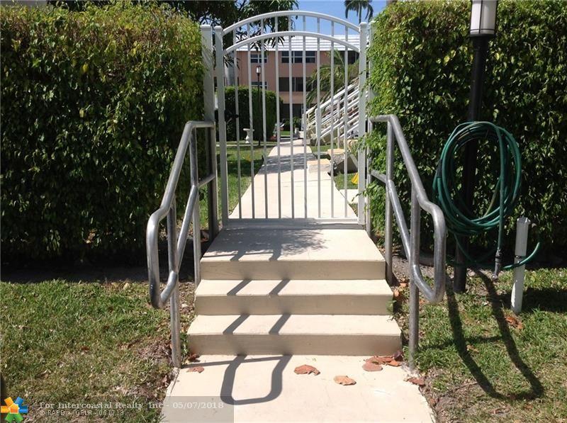 901 N Birch Rd, Unit #2C, Fort Lauderdale FL