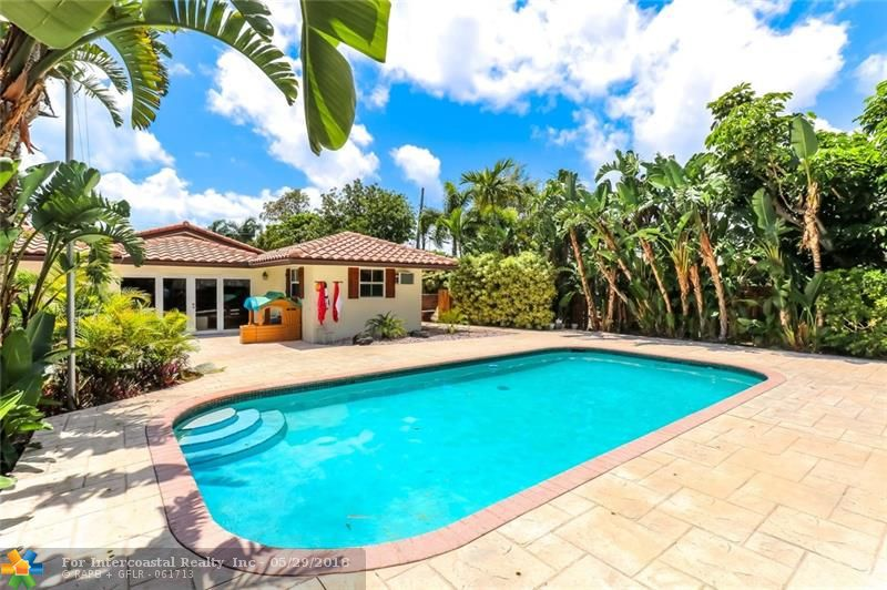 2501 Bayview Dr, Fort Lauderdale FL