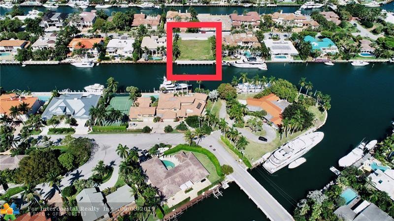 2540 Del Lago Dr, Fort Lauderdale FL