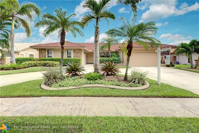 9641 NW 10th Ct, Plantation FL