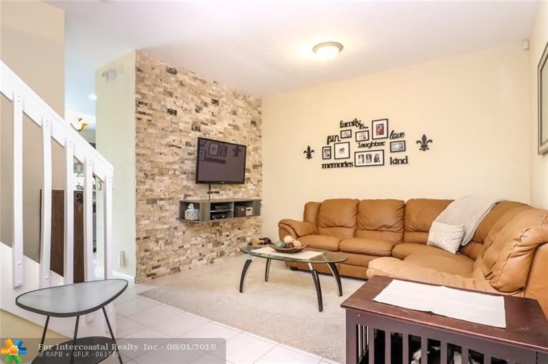 11711 NW 47th Dr, Unit #11711, Coral Springs FL