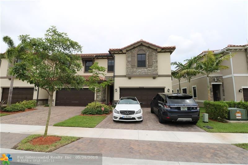 9586 Town Parc Circle S, Unit #4, Parkland FL