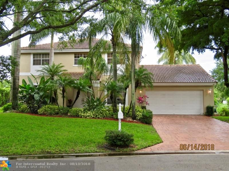 7436 NW 74th Dr, Parkland FL