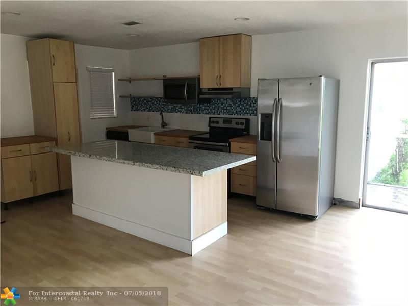 2471 SW 82nd Ave, Unit #110, Davie FL