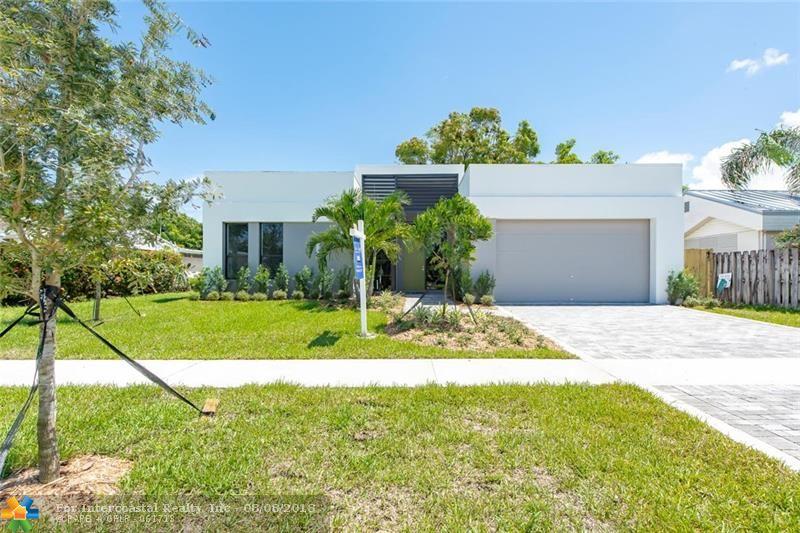 318 NE 25th St, Wilton Manors FL