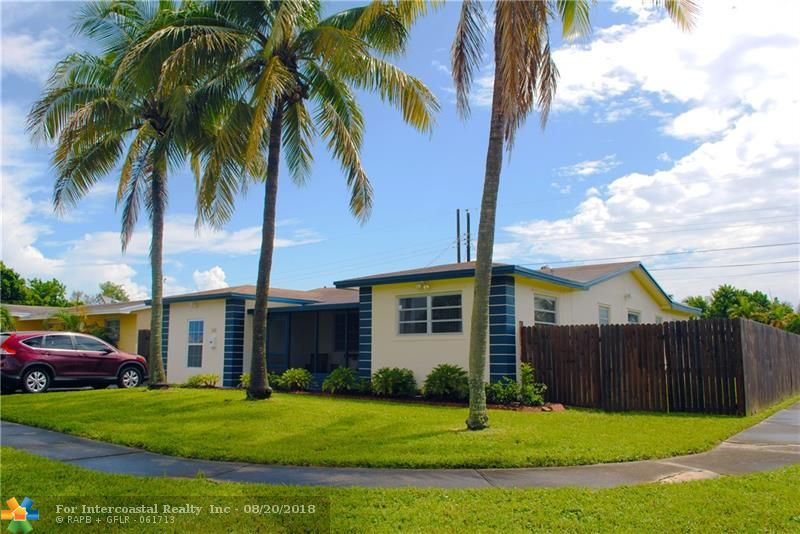 341 N 72nd Way, Hollywood FL