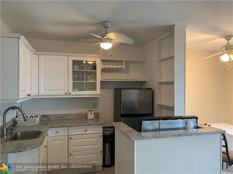 2716 NE 30th Pl, Unit #208C, Fort Lauderdale FL