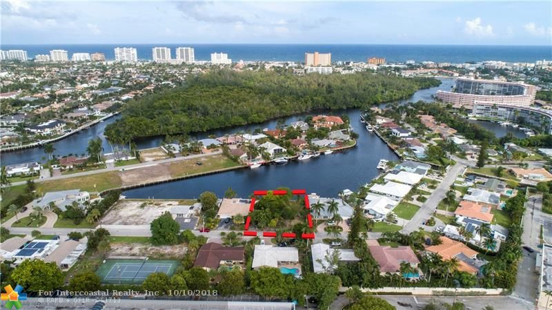 24 Little Harbor Way, Deerfield Beach FL