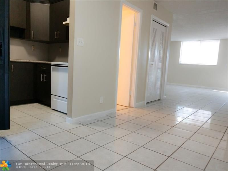 2520 N Andrews Ave, Unit #101, Wilton Manors FL