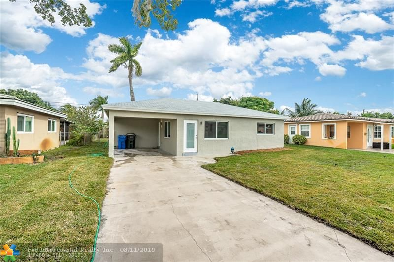4680 NE 2nd Ave, Oakland Park FL