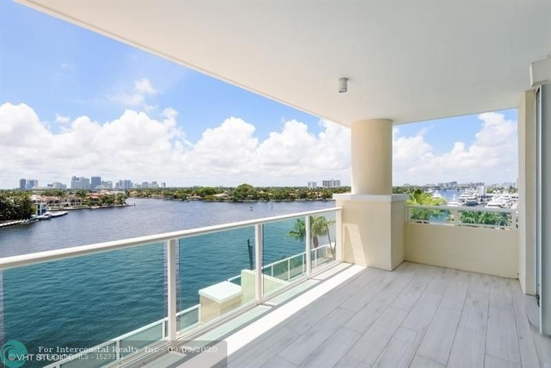 3055 Harbor Dr, Unit #702, Fort Lauderdale FL