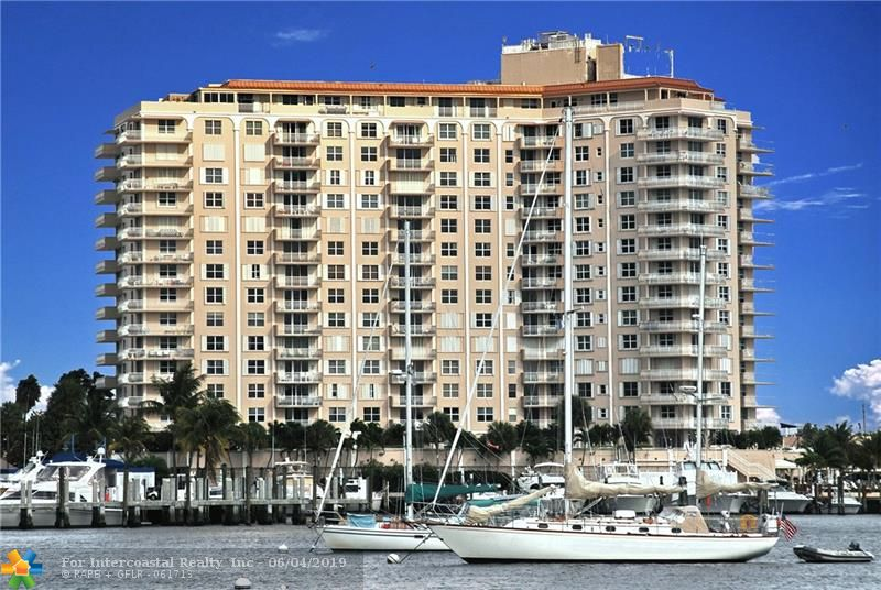 1 Las Olas Cir, Unit #1204
