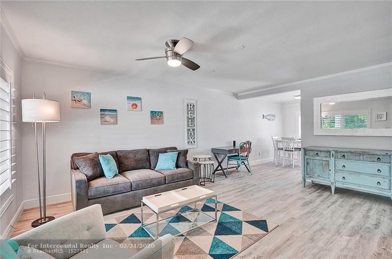2516 NE 12th St, Fort Lauderdale FL