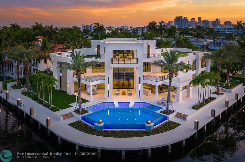 200 Fiesta Way Luxury Real Estate