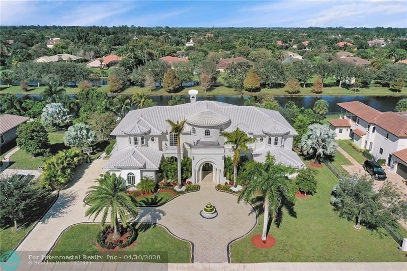 12723 Grand Oaks Dr, Davie FL