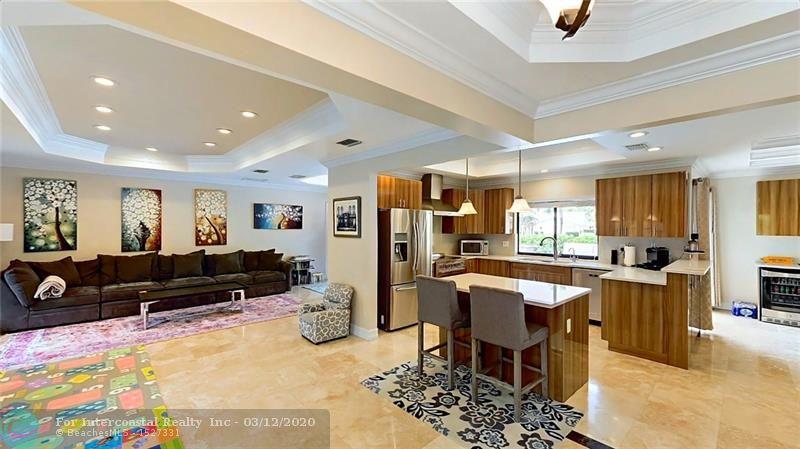 4041 NE 34th Avenue, Fort Lauderdale FL