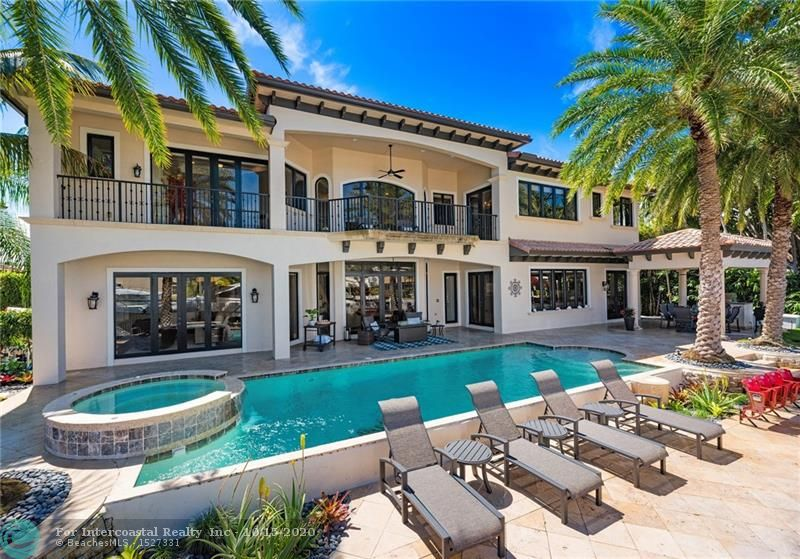 2825 NE 37th St, Fort Lauderdale FL