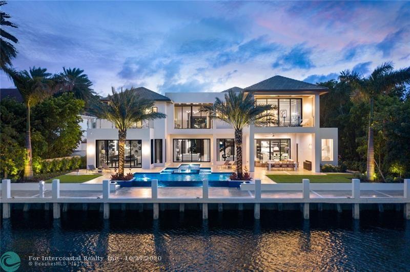 2481 Del Lago Dr, Fort Lauderdale FL