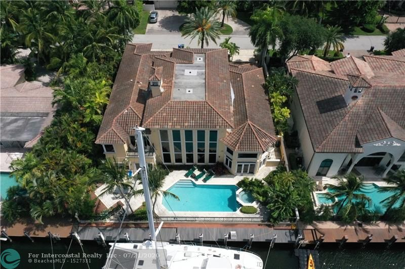 2572 Lucille Dr, Fort Lauderdale FL