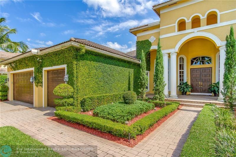 12560 N Stonebrook Cir, Davie FL