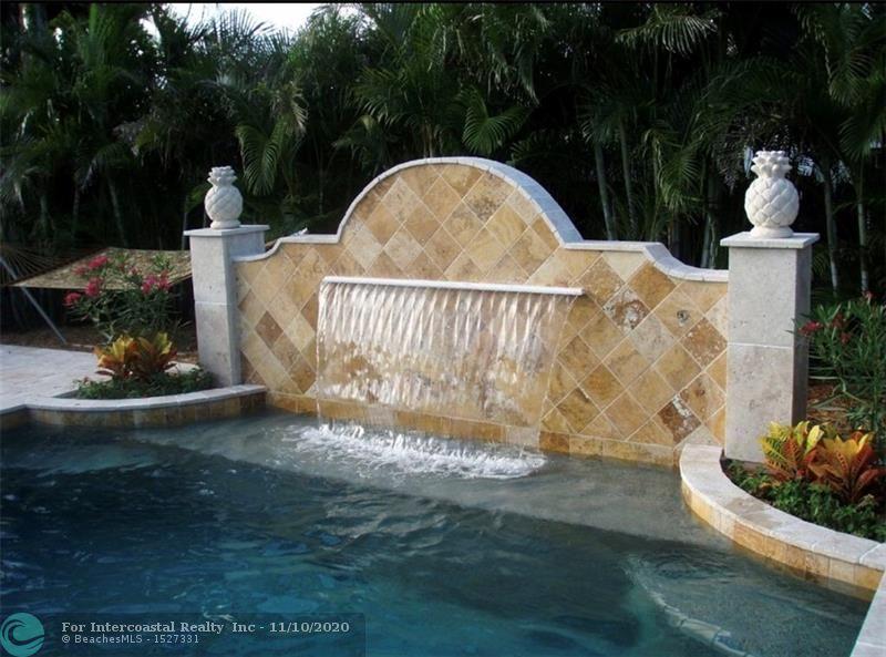 12 NE 26th St, Wilton Manors FL