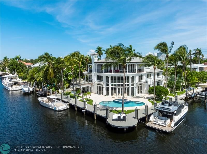 21 NE Seven Isles Dr Luxury Real Estate