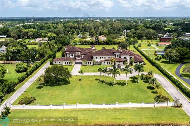 5600 SW 136th Ave Luxury Real Estate