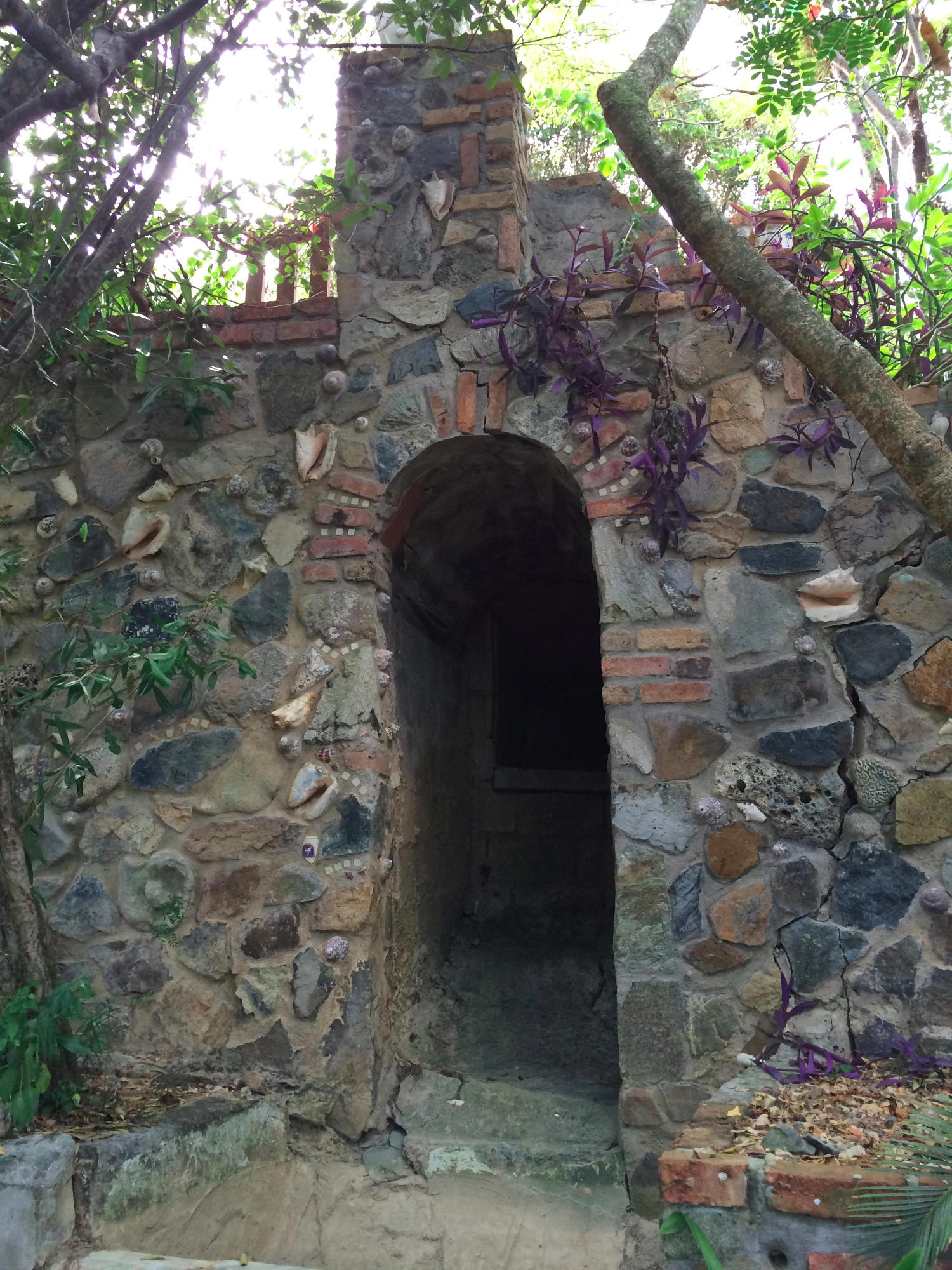 Infracture, stone walls and culverts