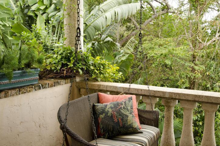 Guest bedroom veranda