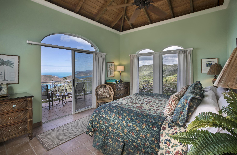 Upper bedroom suite #2