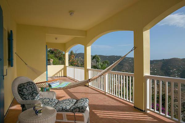 018 Lower veranda