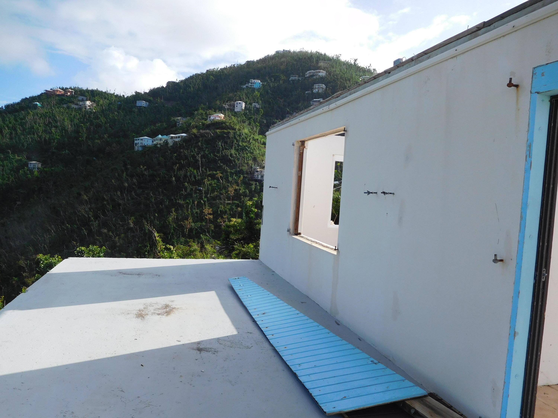 004 Porch