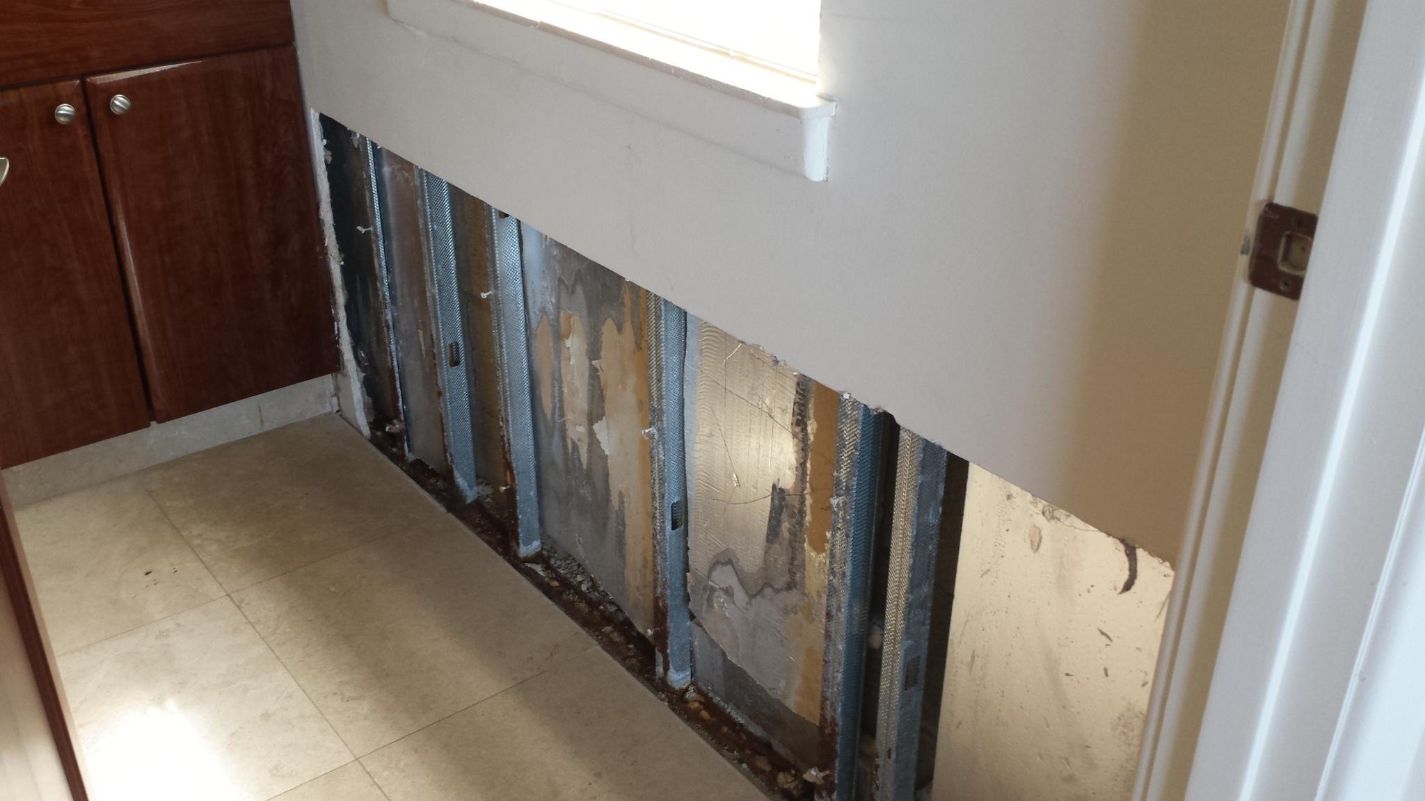 G Lower damage wall
