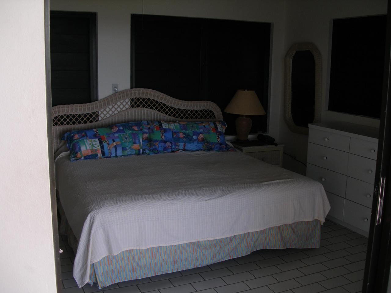 Gallows Point Seaview bedroom