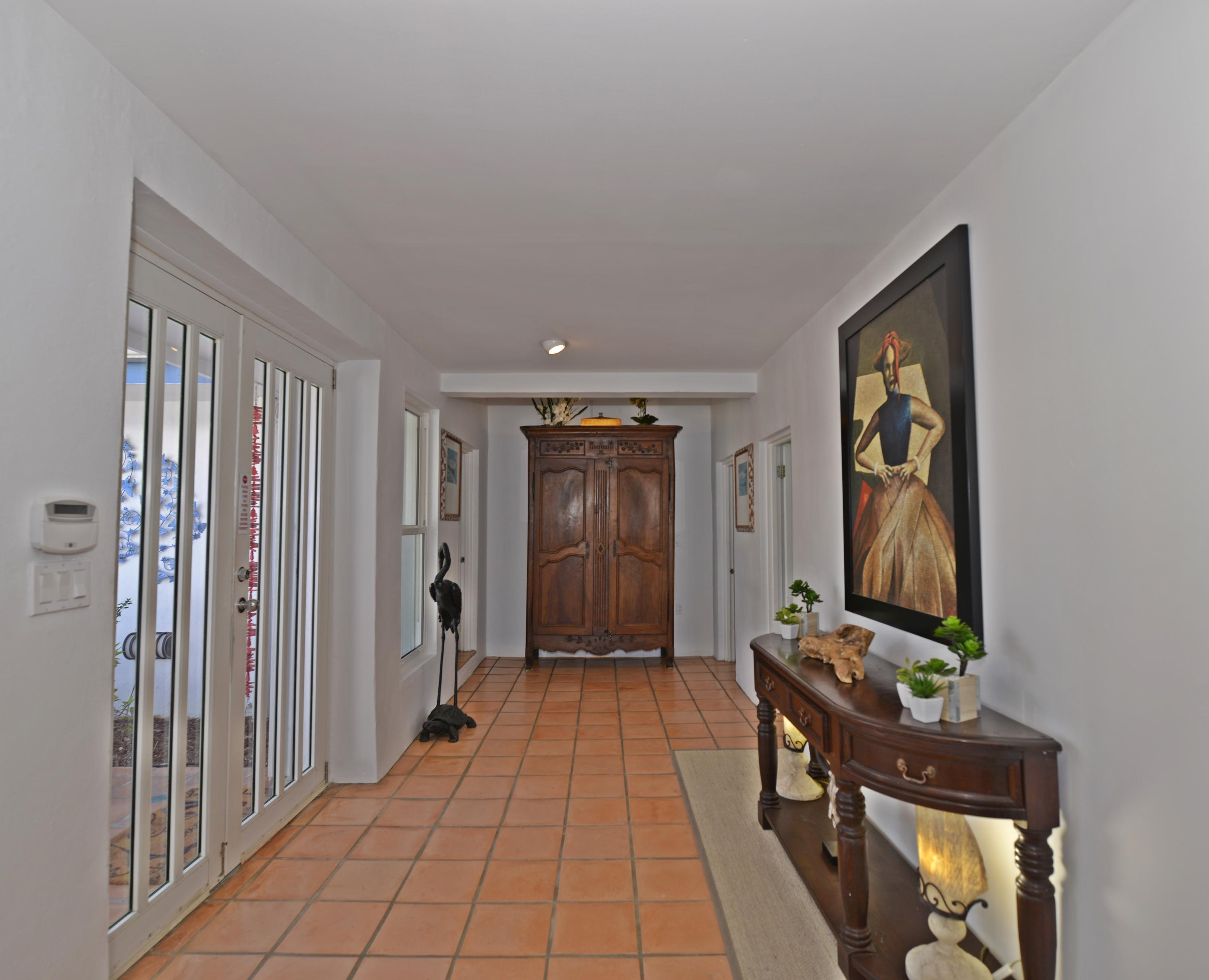 Entrance hallway looking towards bedroom