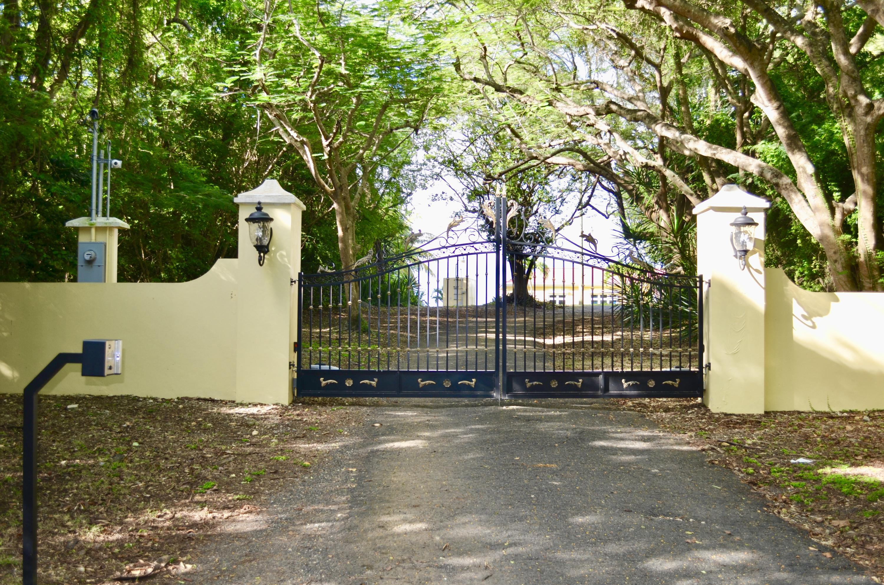 Beautiful Gated Entry