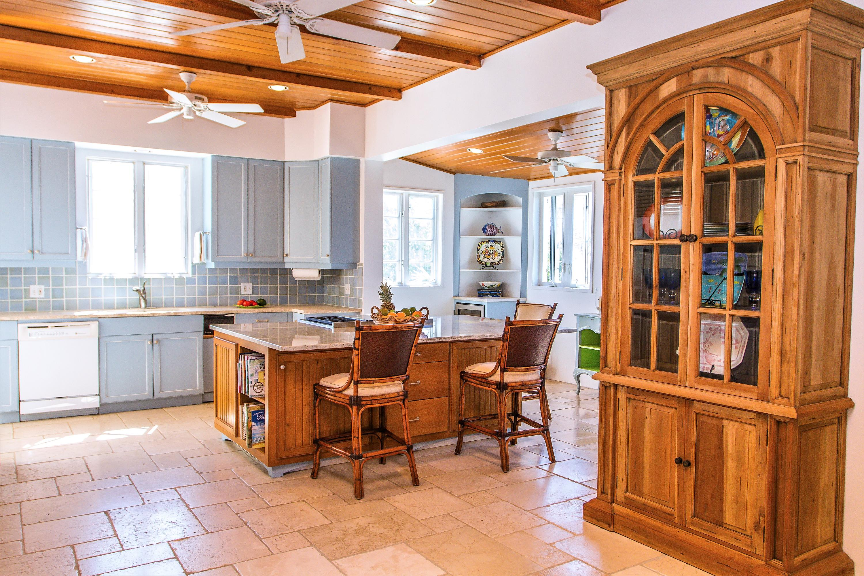 Open Spacious Gourmet Kitchen