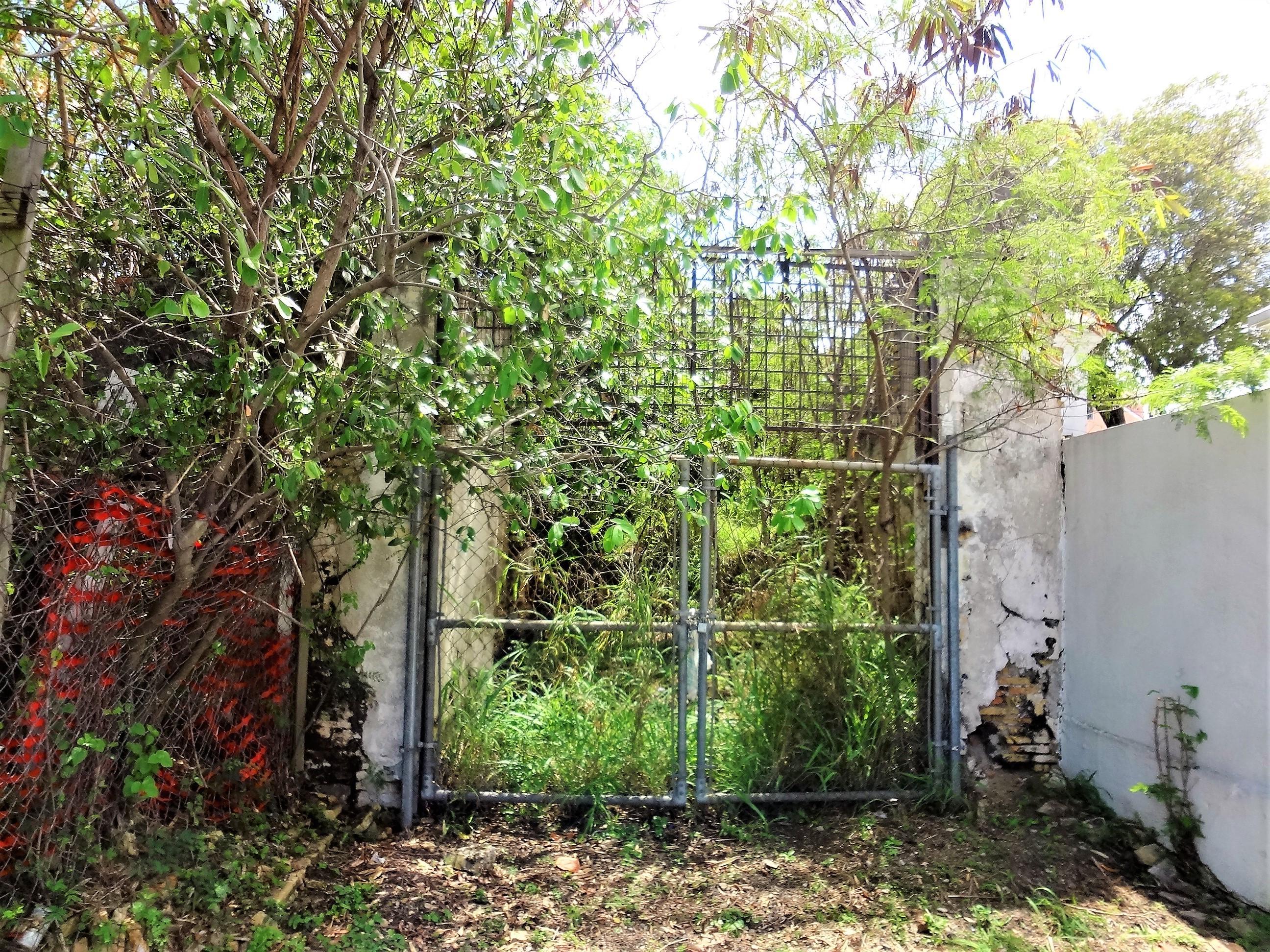 Gate on Entrance
