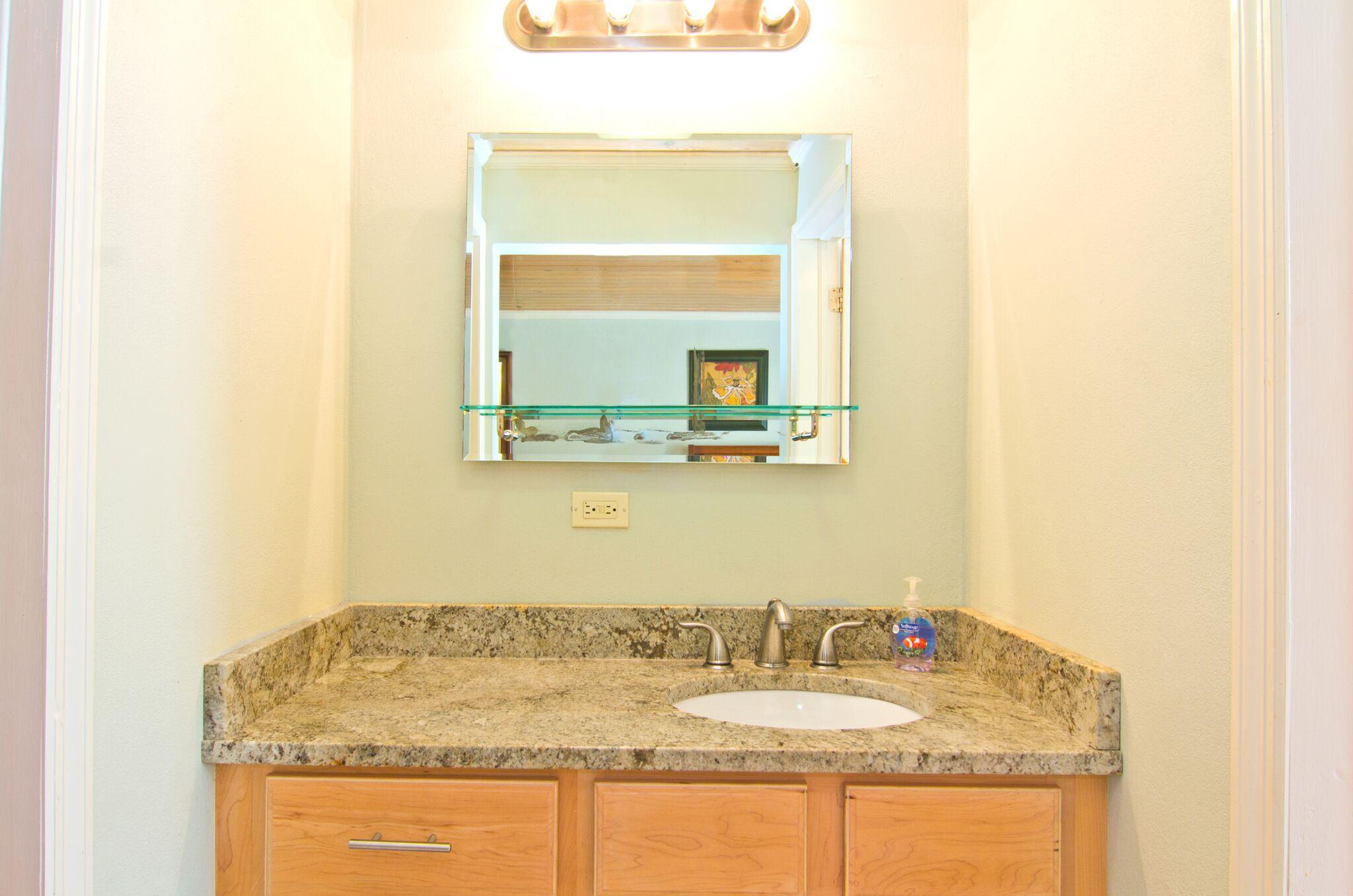 Master Bathroom Details 2