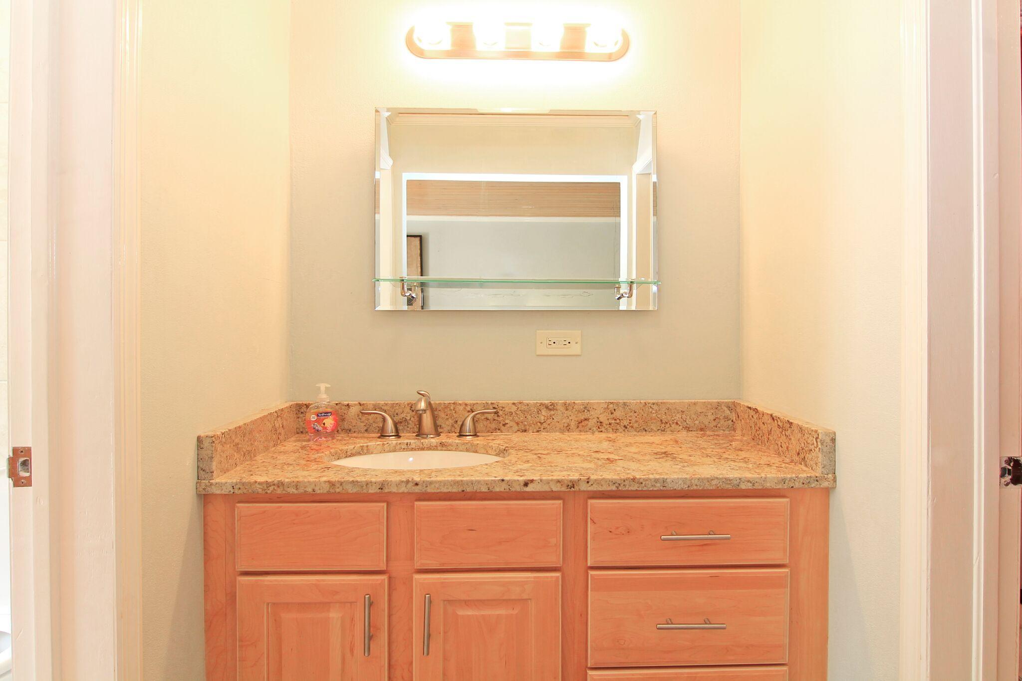 Studio Bath - Vanity Area