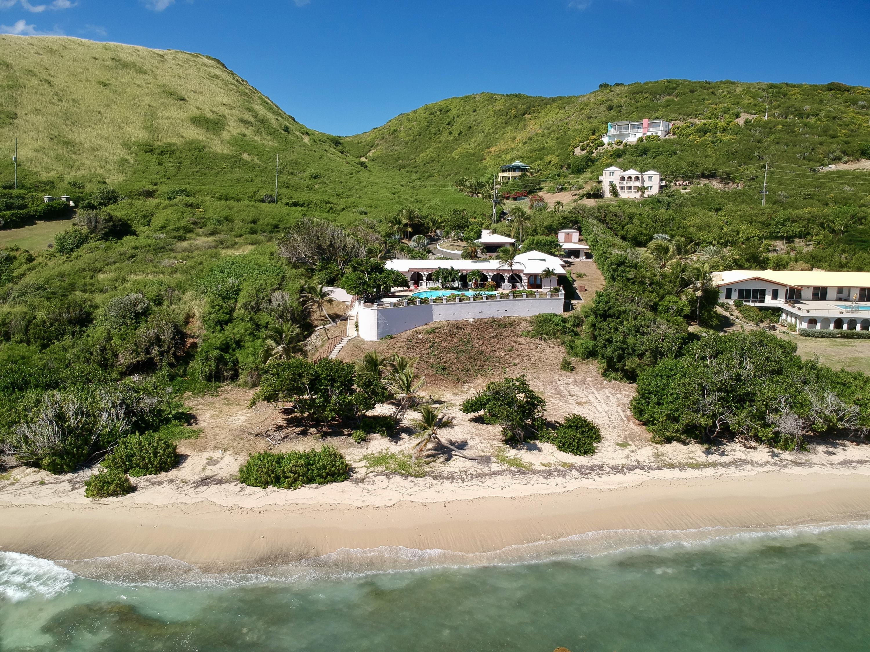 Villa Del Rios from pool side